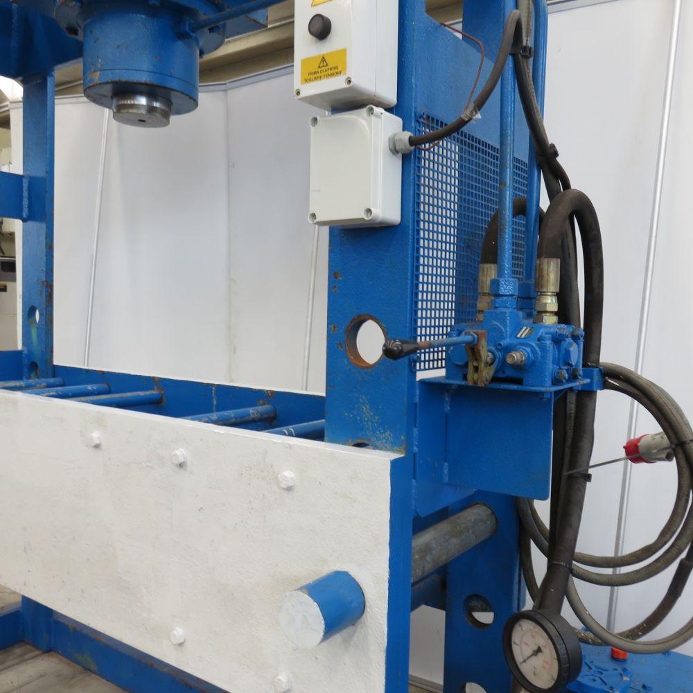 Macchine utensili nuove ed usate pressa idraulica usata for Pressa idraulica manuale usata